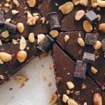 frozen-chocolate-peanut-butter-pie